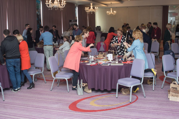 conferinta more networking