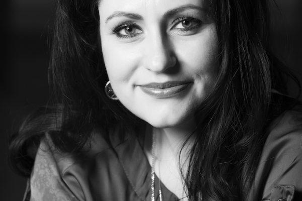 Alexandra Popescu - Oxette Romania